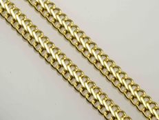 Gold 18k Chain. Length 45 cm.