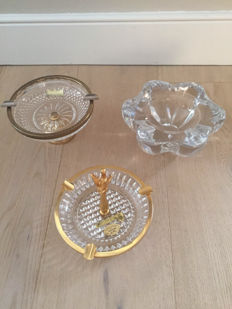 Lot of 3 crystal ashtrays, 1. Cristal de Boheme L.G. czechoslovakia; 2 Lumedart Belgium; 3 Val St.-Lambert Belgium. 2nd half of 20th century