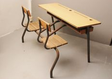 French school table