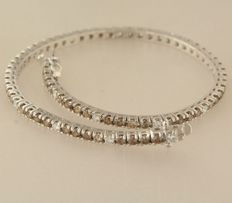 no reserve price, 18k white gold tennis bracelet - Champagne and white diamonds of in total approx. 2.20 ct - 18 cm