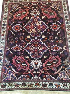 Persian carpet, Bakhtiari, 230 x 180 cm