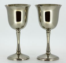 Silver plate pair of wine glasses, ca.1940