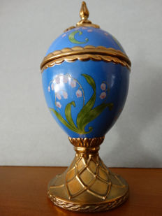 Faberge porcelain egg with music box