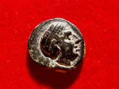Ancient Hispania – Castulo (Linares, Jaén), bronze semis (4.44 g, 19 mm), minted around the years 180-150 B.C. CASTELE. Bull and crescent.