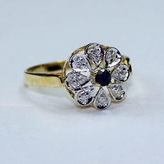 14 kt gold rosette ring with diamonds & blue sapphire - ring size 17 3/4, no reserve price