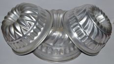 Three Kugelhopf moulds - circa 1950 - Switzerland