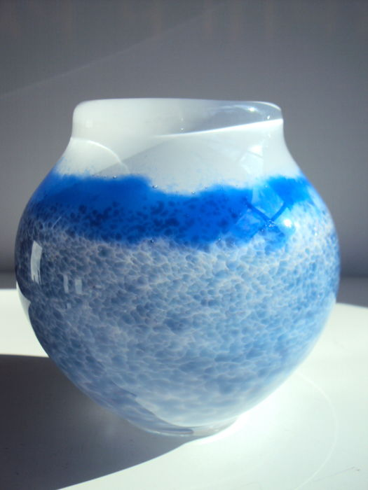 Maxence Parot - Unique light blue Vase on opaline (signed/dated)