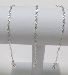 Lot of three silver chains, Cartier style, for key watch Two rings 12 cm.