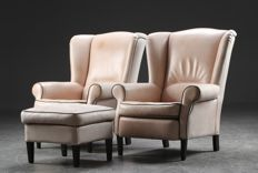 IDP Italia - set of 2 leather 'Wing' armchairs with footstool.