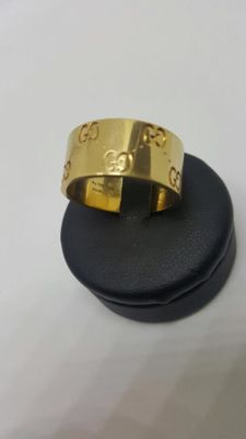 "Gucci – ""Icon"" medium 18 kt gold ring. Size 16 (IT)"