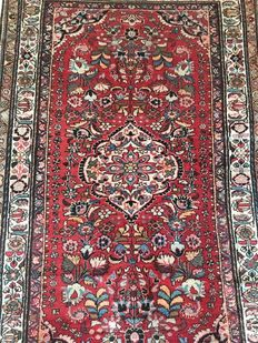 Persian rug, antique, Sarough Lilian, 210 x 130 cm.