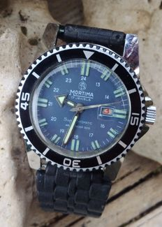 Mortima Super Datomatic men's diving wristwatch from the 1970s.