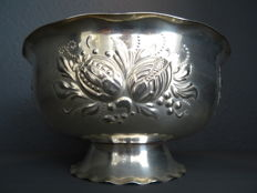 Silver plated dish on stand, Nilsjohan from Sweden