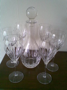 Crystal carafe with wine glasses