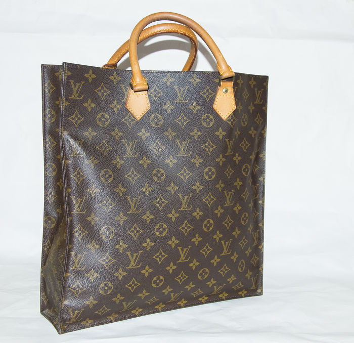 4743aad08b02 Louis Vuitton – Sac Plat handbag. - Catawiki