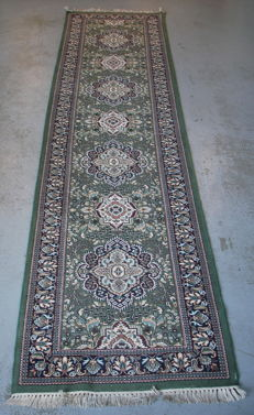 Hand-knotted wool carpet (runner) 3160 x 780 mm, Iran, 1st half 20th century