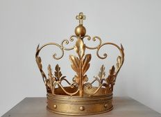 Beautiful decorative crown