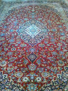 Very large Xxl and beautiful Imperial Kashan carpet in very good condition!!