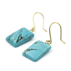 18 kt yellow gold – Earrings – Turquoise – Earring height: 28.50 mm (approx.).