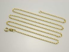 18k Gold Chain. Length 50 cm.