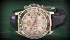 Rolex Daytona 16519 – MOP (Mother of Pearl) dial – Excellent condition – Never polished
