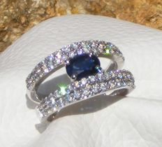 Unheated exceptional VVS blue sapphire and 100% natural diamonds of 2.51 ct, 14kt gold ring - LFG certificate - Size 54 - No reserve price