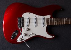 "London City Spitfire MKIII, stratocaster model in colour Candy Apple Red ""New Generation"""