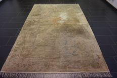 China silk carpet, handwoven, Art Deco carpet, silk on silk years, 150 x 240cm