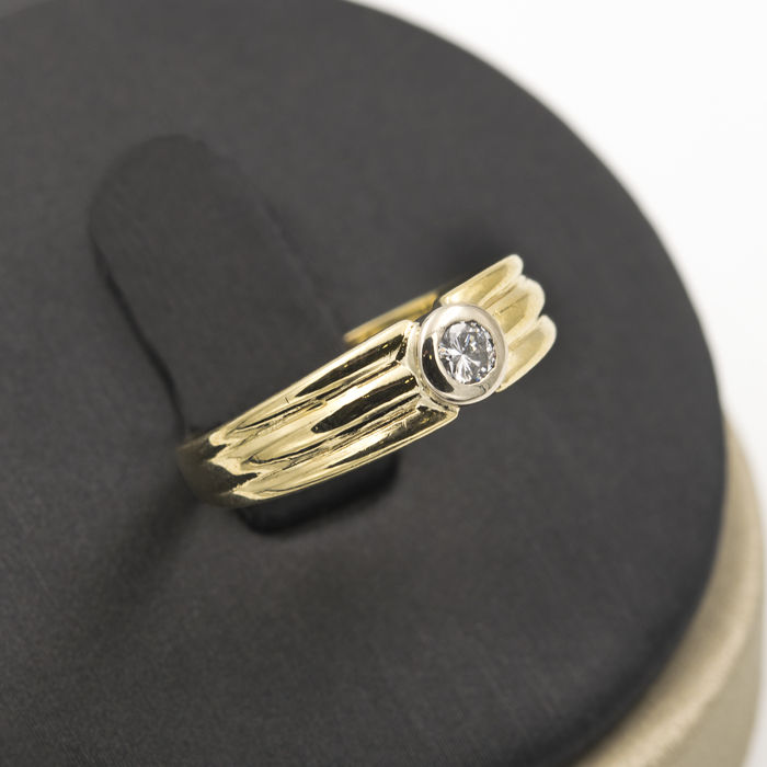 750/1000 (18 kt) yellow gold - cocktail ring - 0.15 ct diamond - cocktail ring size 11 (SP)