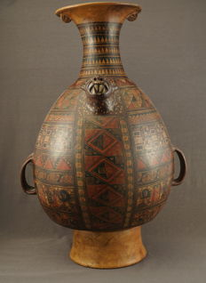 Large Pisac Inca vase with particular decor - Peru