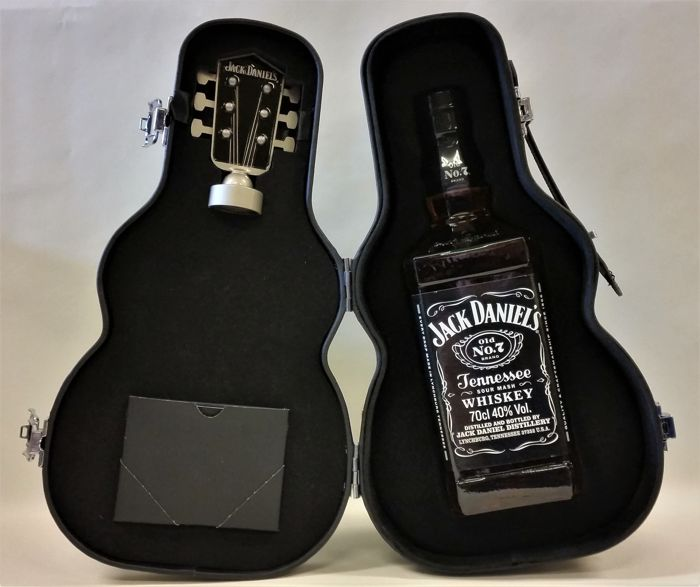 Jack Daniel's Special Guitar Case with a bottle of Jack Old No.7 Whiskey - Limited Edition Guitar Box