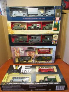 Corgi / Lledo / Days gone - Scale 1//55 - 5 sets with each 3 military vehicles