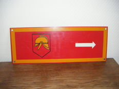 Direction indicator board,  Dutch fire brigade, 1950s/60s