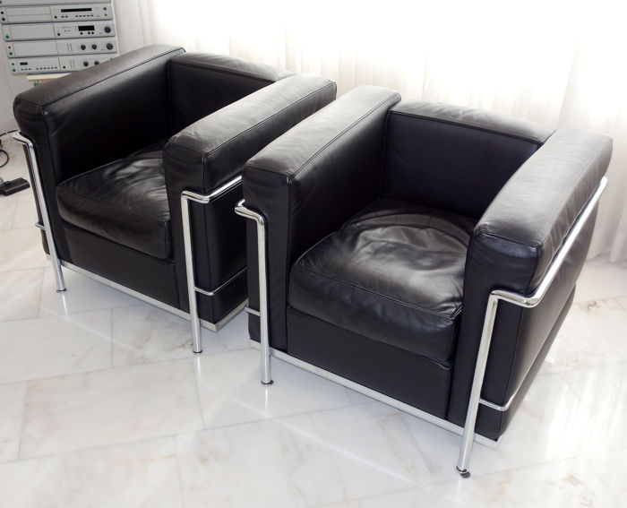 le corbusier voor cassina 2x 39 lc2 39 fauteuils catawiki. Black Bedroom Furniture Sets. Home Design Ideas