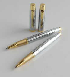 Parker: 2 x luxury Sonnet ballpoint: gold plated with gold plated clip + chrome steel with gold-plated accents, with Parker gift box (015)