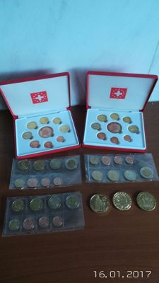 Europe – Proof sets 2003/2007 (5 pieces) + 5 Euros (Proof) 2004 (3 different ones).