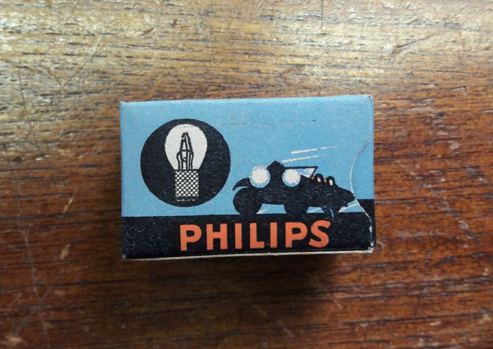 philips new old stock oldtimer philips car lights in. Black Bedroom Furniture Sets. Home Design Ideas