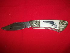 Franklin Mint Collector Knives Pocket knife-Colt Bisley model 1890-silver plated-very good condition