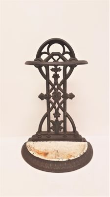 Floral cast-iron umbrella stand, second half of 20th century, the Netherlands