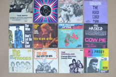12 great singles from 60's U.K. bands/singers