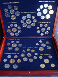 "Europe – series of coins of various years ""Accession of EU countries in 2004"" (10 pieces) in wooden box"
