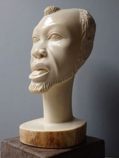 Large African bust in Antique ivory - KASAI - D.R. Congo