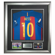 Signed Lionel Messi Barcelona 2016-17 Shirt - New Deluxe Framed Display