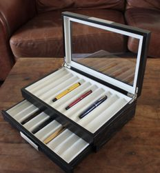 Luxury Black Woodgrain Pen Collectors Box for 20 Pens - Satin finish - with lower drawer - in new condition