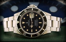 Rolex Submariner Date 16800   Never Polished – Like new