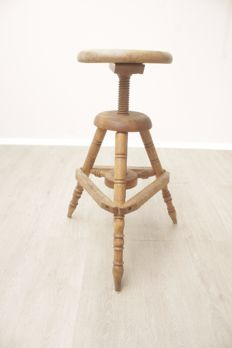 Industrial design studio/work stool, entirely made of wood, ca. 1950/60, the Netherlands