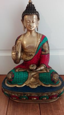 Seated bronze Buddha - Nepal - late 20th century