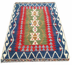 1970s Vintage Turkish Handwoven Kelim Carpet Area Rug 160 cm x 108 cm