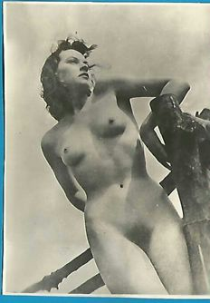 Photo; set of 7 nude outdoor nude photographies - 1930s