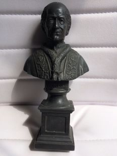 Bust of Pope Leone XIII in lead - end of the 19th century